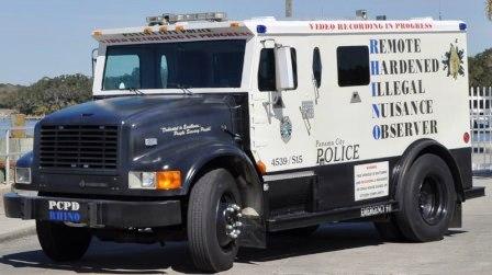 Anti-graffiti truck in Panama City is clear coated in Wearlon Anit-Graffiti Formula